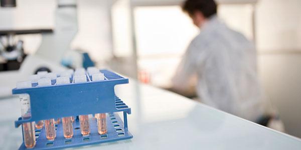 institut_biotherapie_slide_laboratoires_600x300