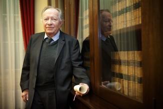 L'Académie nationale de médecine décerne la Grande Médaille 2015 au Professeur Michel FARDEAU