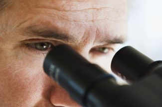 recherche-essais-cliniques-maladie-rare
